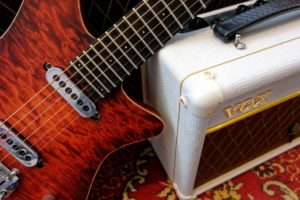 WDRS VOX BRIAN MAY SPECIAL VBM1